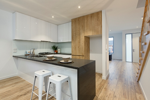 1/2a waiora pde west footscray kitchen